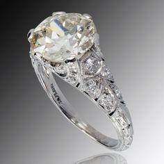 2.95 Carats Light Yellow Diamond Engagement Ring, Circa 1925