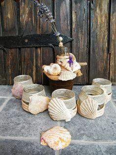 vasetti recuperati,porta candele con conchiglie