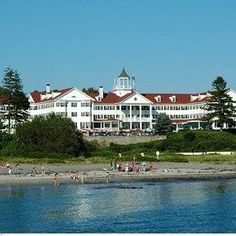 We stayed here and saw President Bush at breakfast one summer, Kennebuckport Maine,Colony Inn.