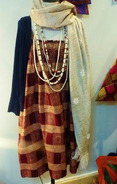 Robe   Boutique Loubess : 10, Rue Beauvau 13001 Marseille Marseille – Afrique – Art – Robe – African – Artisanat – Dress - Créateurs - Mode – Fashion- Echarpe - Châle Soie
