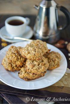 Raisin Pecan Oatmeal Cookies by @lemo