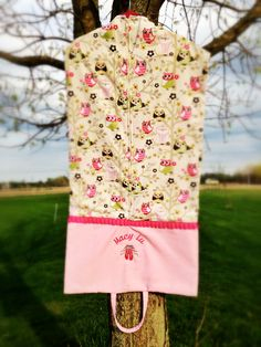Handmade COSTUME / GARMENT Bag for your door KateMadewithLove goed idee ! geen patroon .