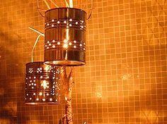 Gregory Euclide     Buquê feito com latas de spray Hillary Coe                                                            Latas de ene...