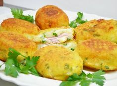 Baked Potato, Food And Drink, Cooking Recipes, Potatoes, Chicken, Dinner, Baking, Ethnic Recipes, Baked Brie