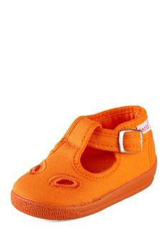 Cienta Eyelet Shoe on HauteLook