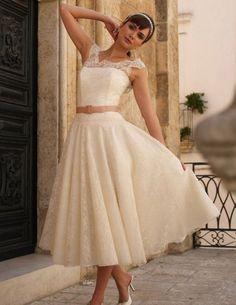 cute 50s style wedding dress