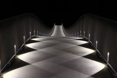 What a beautiful light-pattern! The Mülimatt footbridge oder the River Aare in Windisch/CH |