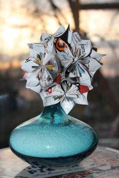 My paper flower bouquet (by Irimia) Paper Flowers, Paper Art, Bouquet, Projects, Log Projects, Papercraft, Blue Prints, Bouquet Of Flowers, Bouquets