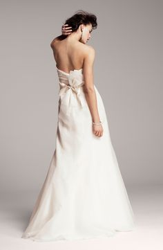 Nouvelle Amsale wedding dress with back bow detail. Available in Nordstrom Wedding Suites Wedding Suits, Wedding Attire, Bridal Gowns, Wedding Gowns, Wedding Bride, Wedding Inspiration, Wedding Ideas, Fall Wedding, Wedding Rustic