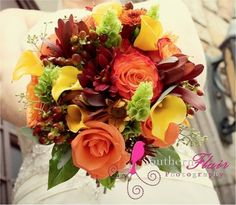 Fall wedding flowers. Beautiful combination of flowers.