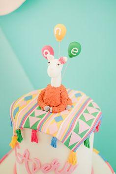 Avery's Boho Llama Themed Party – Birthday 1st Birthdays, First Birthday Parties, Birthday Party Themes, Kids Party Decorations, Kids Party Themes, Party Ideas, Alpacas, Gateau Baby Shower, Fiesta Cake