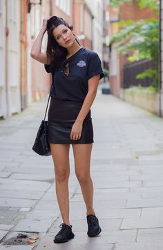 Bella Hadid Street Style Saia de Couro