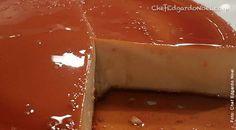 Por Chef Edgardo Noel Ingredientes 1tz azúcar 1cda agua 12oz leche evaporada 10oz leche condensada 4 huevos 8oz queso crema 1/4 tz licor de amaretto 1/2 cdta extracto de almendras 1cdta vainilla Almendras en lascas para decorar opcional Procedimiento En una olla a temperatura mediana agregar azúcar y agua y cocinar moviendo ocasionalmente hasta que … Sigue leyendo Flan de Queso con Amaretto →