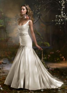Lazaro dream gown. Obsessed with trumpet styles!