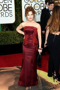 All The Looks At The 2016 Golden Globes Bernadette Peters