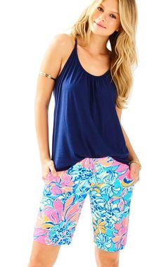 We are chipper over our Chipper shorts! Cute Bermuda shorts are necessities when pulling together a cute golf outfit. Throw on with a polo and golf shoes and you're good to go for a few holes followed by a lunch and cocktails with your friends!