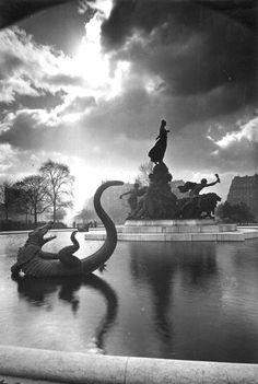 YvonPlace de la Nation and Le Triomphe de la Republiquec. 1920s