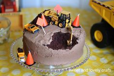 Cute construction cake!