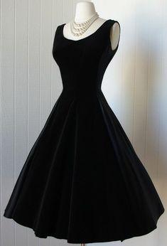 diane keaton dress | Infinitely versatile, the chic black dress is a wardrobe must-have ...