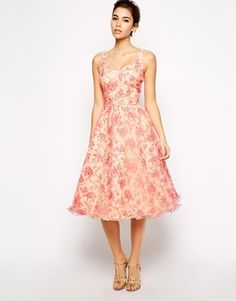 Valentines Day Dress: Chi Chi London Full Midi Skater Prom Dress With Sweetheart Neckline - Pink-tbc