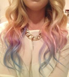 We've gathered our favorite ideas for Diy Pink Purple Blue Dip Dye Hair And Makeup Dip Dye, Explore our list of popular images of Diy Pink Purple Blue Dip Dye Hair And Makeup Dip Dye in pink dip dye hair. Pastel Dip Dye, Blue Dip Dye Hair, Blonde Dip Dye, Purple Dip Dye, Dyed Hair Pastel, Dyed Blonde Hair, Hair Color Blue, Dye My Hair, Hair Colors