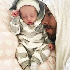 Enrique Iglesias is just so in love with his baby girl he can't help it! The singer took to social media to share with his many fans a sweet video in which he is pretty much showering his daughter's face with kisses. It is safe to say his followers melted from too much cuteness! This morning, the...