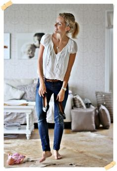 If I got one outfit to choose for the rest of my life- blue jeans and white T would probably be it! Simple