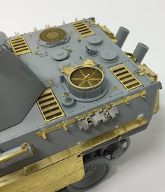 Ausf G Late Production German WWII Kit No. 6268 with tracks and Kit 35001 photo etch fenders and detailing. Panther, Modeling Techniques, Tiger Tank, Model Tanks, Military Modelling, Ww2 Tanks, S Mo, Armored Vehicles, Model Building