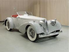 1926 Duesenberg Model A ✏✏✏✏✏✏✏✏✏✏✏✏✏✏✏✏ IDEE CADEAU / CUTE GIFT IDEA  ☞ http://gabyfeeriefr.tumblr.com/archive ✏✏✏✏✏✏✏✏✏✏✏✏✏✏✏✏
