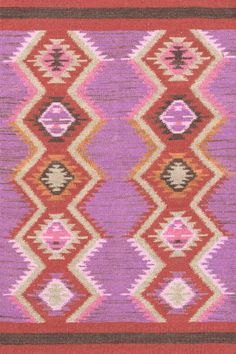 I'm VERY busy trying to select which of the awesome @Dash and Albert Rug Company rugs I'd like since I'm the winner of their Clue Night @Alt Summit rug giveaway (lucky me!) Hmmm.... Rhapsody is pretty darn gorgeous. Definitely a top contender....