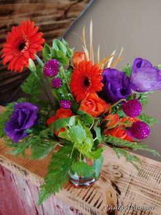 Winter Wedding Flowers, Greenery, Glass Vase, Floral Design, Succulents, The Incredibles, Bridesmaid, Table Decorations, Orange
