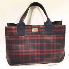 Tommy Hilfiger vintage satchel Gently loved! Signs of Leather wear on bottom corner & straps. Tommy Hilfiger Bags