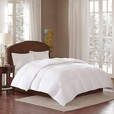Wake up refreshed after resting under the Sleep Philosophy Level 3 Warmest Down Alternative Comforter. The soft comforter embodies a lofty…
