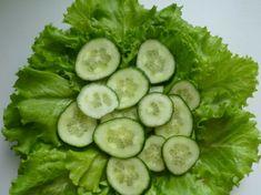 Салат из свежих огурцов и зелени с льняным маслом Империя вкусов Cucumber, Vegetables, Food, Essen, Vegetable Recipes, Meals, Yemek, Zucchini, Veggies