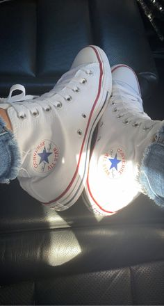 White Converse, Converse All Star, Converse Chuck Taylor, Ih, Chuck Taylors, High Top Sneakers, Kicks, Stars, Photography