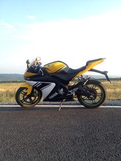 My love. Yamaha yzf r125 Yzf R125, Yamaha Yzf R6, Mt 09 Yamaha, Bobber Motorcycle, Bike Life, Cycling, Horses, Cars, Vehicles