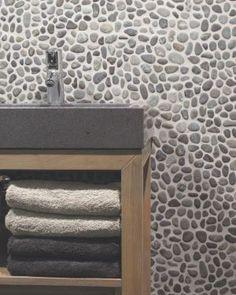Kiezelstenen badkamer | Home bathrooms | Pinterest - Badkamer ...
