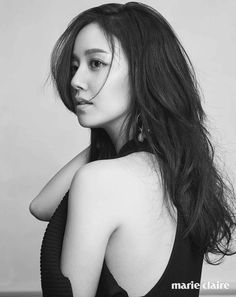 Actress Moon Chae Won, who is currently looking over her next project after her drama 'Goodbye Mister Black' ended last May, posed for 'Marie Claire'. Beautiful Celebrities, Beautiful Actresses, Beautiful People, Beautiful Women, Jung So Min, Korean Beauty, Asian Beauty, Singer Fashion, Korean Girl Fashion
