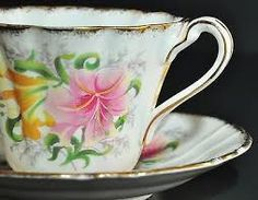 Pretty lilly teacup!