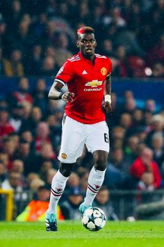 Paul Labil Pogba Age, Biography, NetWorth, Wife & More - Famous World Stars Paul Pogba Manchester United, Manchester United Players, Young Football Players, Football Team, Top Soccer, Soccer Sports, Famous Sports, Soccer World, Sports Stars