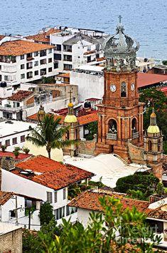 Puerto Vallarta - Mexico                                      http://hostmyniche.com/learnspanish/