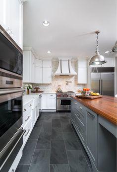 Rosemont: Classic modern kitchen