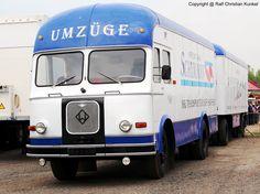 IFA H 6 furniture box train - Vehicles Old Trucks, Fire Trucks, Classic Trucks, Classic Cars, Furniture Box, Boxing Training, East Germany, Abandoned Cars, Commercial Vehicle