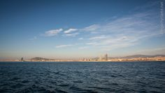 "Taller ""Barcelona desperta"" a bord del pailebot ""Santa Eulalia"" (març 2014). Foto: Diego Yriarte Barcelona, Beach, Water, Outdoor, Photography Courses, Thunderstorms, Gripe Water, Outdoors, The Beach"