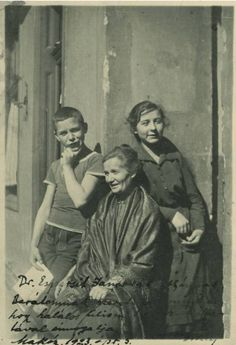 József Attila Hungarian poet with his mother and sister, 1919 Old Photos, Vintage Photos, Budapest, Vintage Photography, Hungary, Poet, Literature, 1, Writers