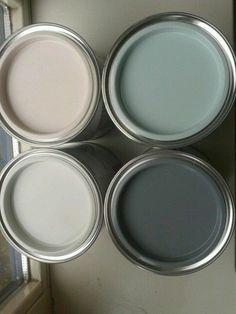 ▷ 1001 + Ideen zum Thema Farbkombinationen mit Grau in der Wohnung graue wandfarbe mit dekorativen farben verzieren, rosarot, dunkel und hellgrau, champagner farbe, wandfarben Gray Painted Walls, Grey Walls, Paint Walls, Paint Colors For Home, House Colors, Paint Colours, Interior Paint, Interior Design Living Room, Colour Schemes