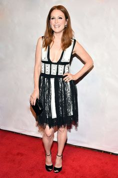 Julianne Moore en Givenchy http://www.vogue.fr/mode/look-du-jour/articles/julianne-moore-en-givenchy/24528