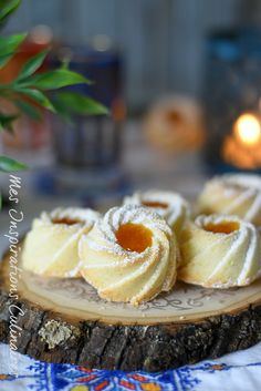 sablés fondants à la maïzena, confiture d'abricot