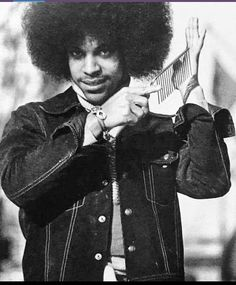 Old school Prince The Artist Prince, Prince Purple Rain, Young Prince, Roger Nelson, Prince Rogers Nelson, Purple Reign, Popular Music, Most Beautiful Man, Jimi Hendrix