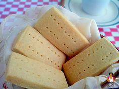 Shortbread Biscuit (The Original) - Chi Eze - African Food Homemade Shortbread, Shortbread Biscuits, Shortbread Recipes, Cookie Recipes, Snack Recipes, Baking Recipes, Nigeria Food, Ghana Food, Nigerian Cake Recipe
